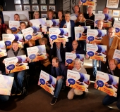 Cheques Rabo Clubkascampagne uitgereikt