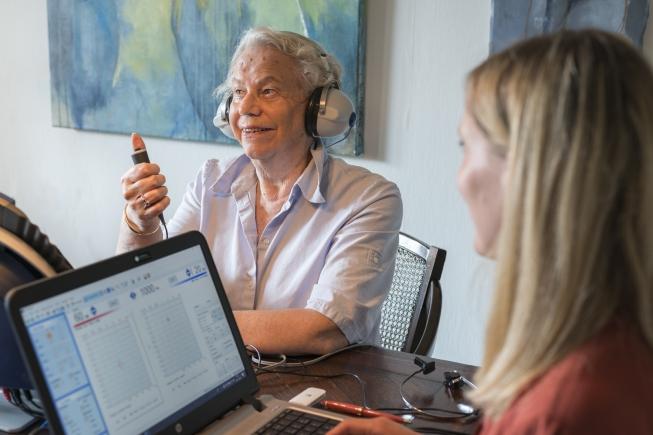 Oogvoororen.nl zet free publicity in bij verdere disruptie hoorzorgmarkt