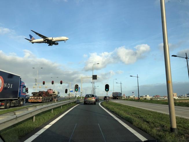 Gemeenten rond Schiphol eensgezind. Ook De Ronde Venen zegt: Eerst zien, dan geloven