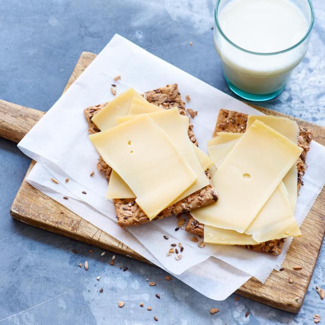 Kaassector bundelt krachten om Nederlanders te stimuleren voor Goudse kaas van Nederlandse bodem te kiezen