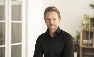 Nieuwe columnist Duin- en Bollenstreek INTO business