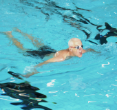 Banenzwemmen binnen in zwembad De Hoorn en zwembad AquaRijn