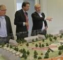 """Maxime Verhagen bezoekt nieuwbouwproject """"De Bloem"""" Rijnsburg"""