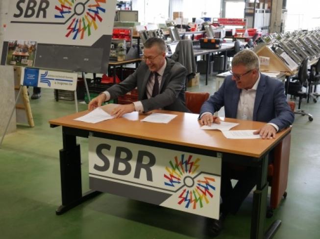Rijnvicus-medewerkers naar commercieel bedrijf SBR elektromontage