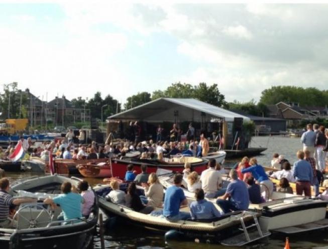 Opbrengst Muziek aan de Plas 2018 voor Voedselbank Gouda en omstreken